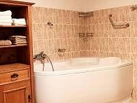 koupelna v přízemním apartmánu - Kořenov - Polubný