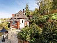 zahradní domek s grilem a posezením - roubenka k pronajmutí Kořenov - Polubný