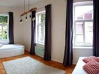 pokoj 2 panoramatický snímek
