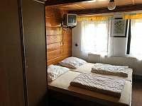 Pokoj v patře - Dolní Maxov