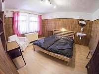 dvoulůžkový pokoj - chata ubytování Vysoké nad Jizerou