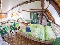 pětilůžkový pokoj - chata k pronajmutí Vysoké nad Jizerou