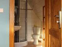 koupelny v podkroví - chata k pronájmu Příchovice
