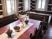 jídelní stůl - Josefův Důl