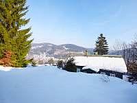 pohled z okna - chata k pronájmu Dolní Maxov