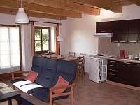 Obývací místnost ve druhém apartmánu - Albrechtice v Jizerských horách