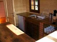 Chata, kuchyňská linka - k pronajmutí Fojtka