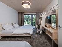 Ložnice v přízemí - chata ubytování Bedřichov