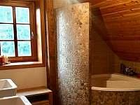 horní koupelna se saunou - chalupa k pronajmutí Albrechtice v Jizerských horách