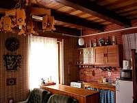 interier - kuchyň - pronájem chaty Albrechtice v Jizerských horách