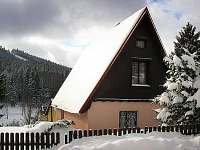 pohled z příjezdové silnice - chata ubytování Albrechtice v Jizerských horách
