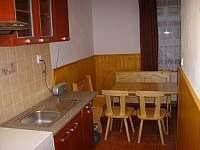 Společná Kuchyň - chalupa k pronájmu Albrechtice v Jizerských horách