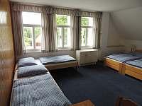 4 lůžkový pokoj s koupelnou - pokoj č.4 - Hrabětice