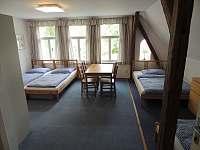 5-8 lůžkový pokoj pokoj č.6 - chata k pronajmutí Hrabětice