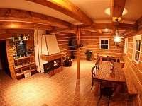 Společenská místnost - pronájem chaty Černá studnice - Smržovka