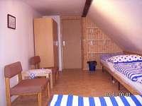 Chalupa u louky- ložnice 2 a 3