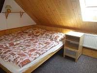 Chalupa u louky - ložnice 4