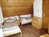 Menší pokoj v patře 2 - Albrechtice
