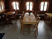 Společenská místnost - chalupa ubytování Horní Polubný