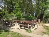 Venkovní posezení - chalupa ubytování Horní Polubný