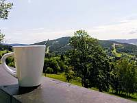 káva na terase - Mariánská Hora