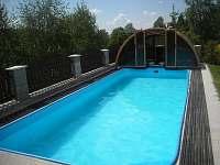 bazén - chata k pronájmu Hrabětice