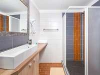 Apartmá-koupelna