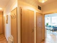 chodba - apartmán k pronájmu Liberec