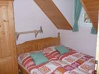 """Apartmán B """"zelený"""" - menší ložnice"""