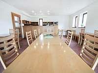Velký dům - jídelna s kuchyní - Zásada