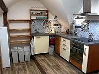 Nový apartmán kuchyň - Horní Maxov