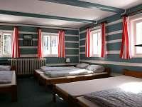 pětilůžkový pokoj - Modrá roubenka - ubytování Horní Maxov