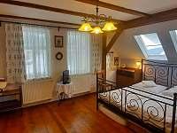 Ložnice 1 - chalupa ubytování Mariánská Hora