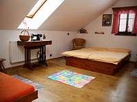 1.ložnice v patře