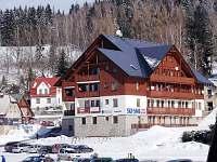 Apartmánový dům focený ze sjezdovky - ubytování Albrechtice