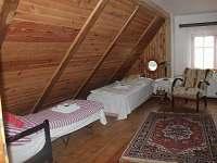 pokoj malý v 1. patře - chalupa k pronajmutí Český Šumburk