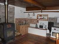 světnice kuchyňské zázemí - jiný pohled