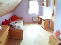 1b Rozkladaci postel - pronájem apartmánu Zlatá Olešnice