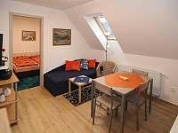 Dvoupokojový apartmán v podkroví - k pronajmutí Jablonec nad Nisou