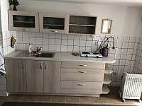 Kuchyň - chata k pronajmutí Desná