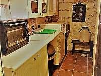 Kuchyň - chalupa k pronajmutí Horní Maxov