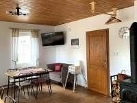 společenská místnost - chata k pronajmutí Josefův Důl