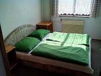 dvoulůžkový pokoj v 1. patře - chata k pronájmu Rejdice