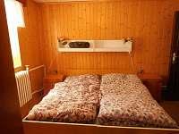 Třílůžková ložnice - pronájem apartmánu Zlatá Olešnice