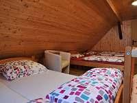 čtyřlůžkový pokoj s přistýlkou