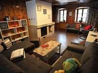 relaxační místnost s krbem a saunou - Bedřichov