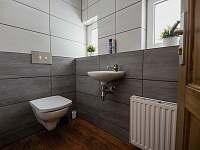 Toaleta v přízemí - Tanvald