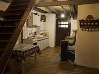 Kuchyně - chalupa ubytování Zlatá Olešnice