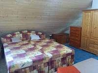 manželská postel v podkroví - Bedřichov