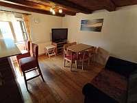 obývací prostor v přízemí - Bedřichov